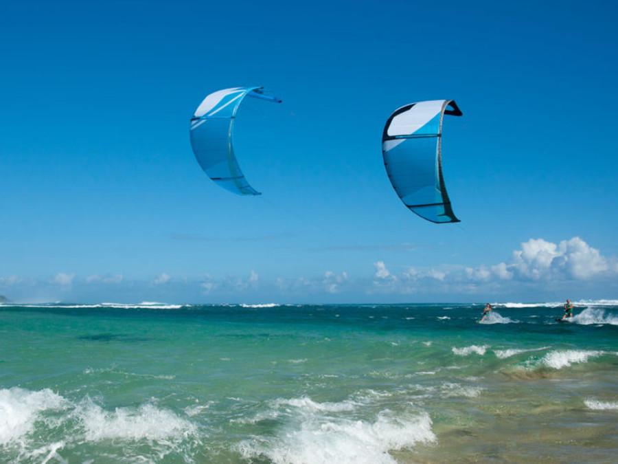 Kite-Surfing-in-Mauritius-1024x576