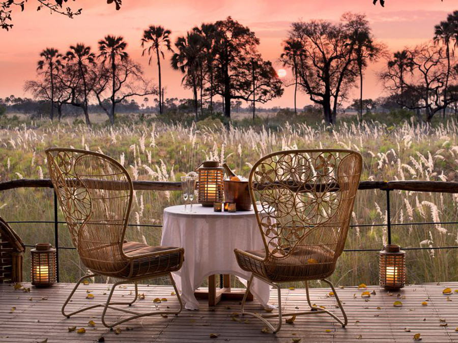 private-dining-at-sandibe-on-a-luxury-botswana-safari-overlooking-the-okavango-delta-1024x576